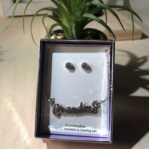 """Grandma"" box Set Necklace and Earrings"